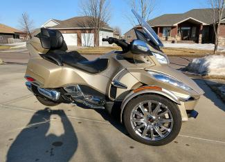 2017 Can-Am RT Limited with Chrome