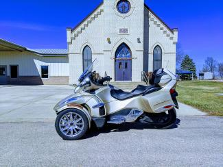 Spyder in front of Church